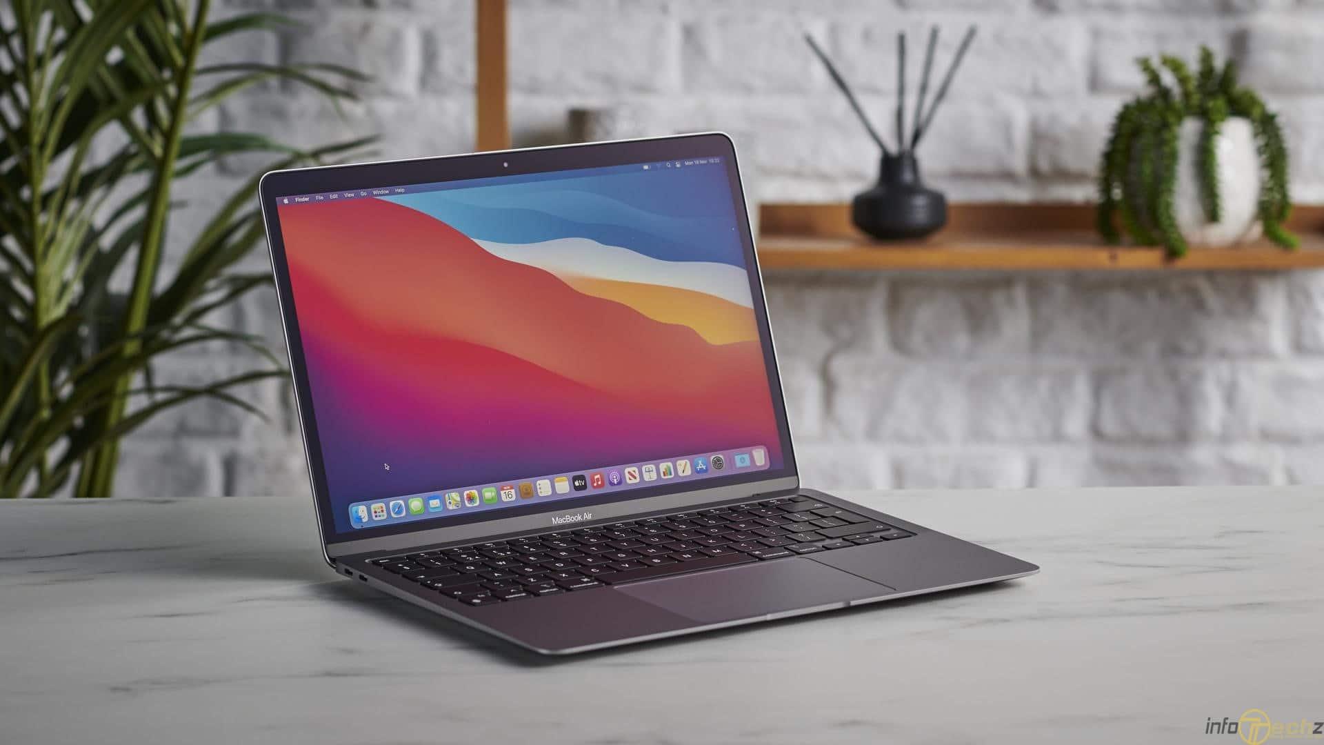 co-nen-mua-macbook-m1