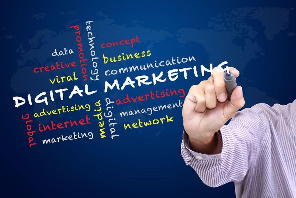 Có nên học Digital Marketing hay không? Lợi ích nó mang lại?