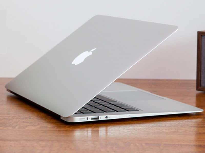 sinh-vien-nen-mua-laptop-nao-1